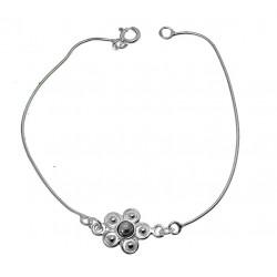 Srebrna bransoletka z 11mm kwiatkiem z hematytem BN56